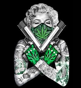 m-monroe-trawka-marihuana-kto-pali