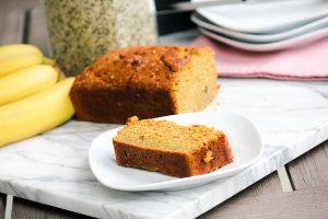 bezglutenowy-przepis-na-chleb-bananowy-z-nasionami-konopi