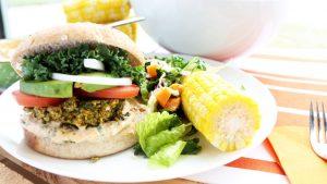 warzywny-burger-z-konopia-jedzenie-thc-przepis-thc-zywnosc-z-marihuana